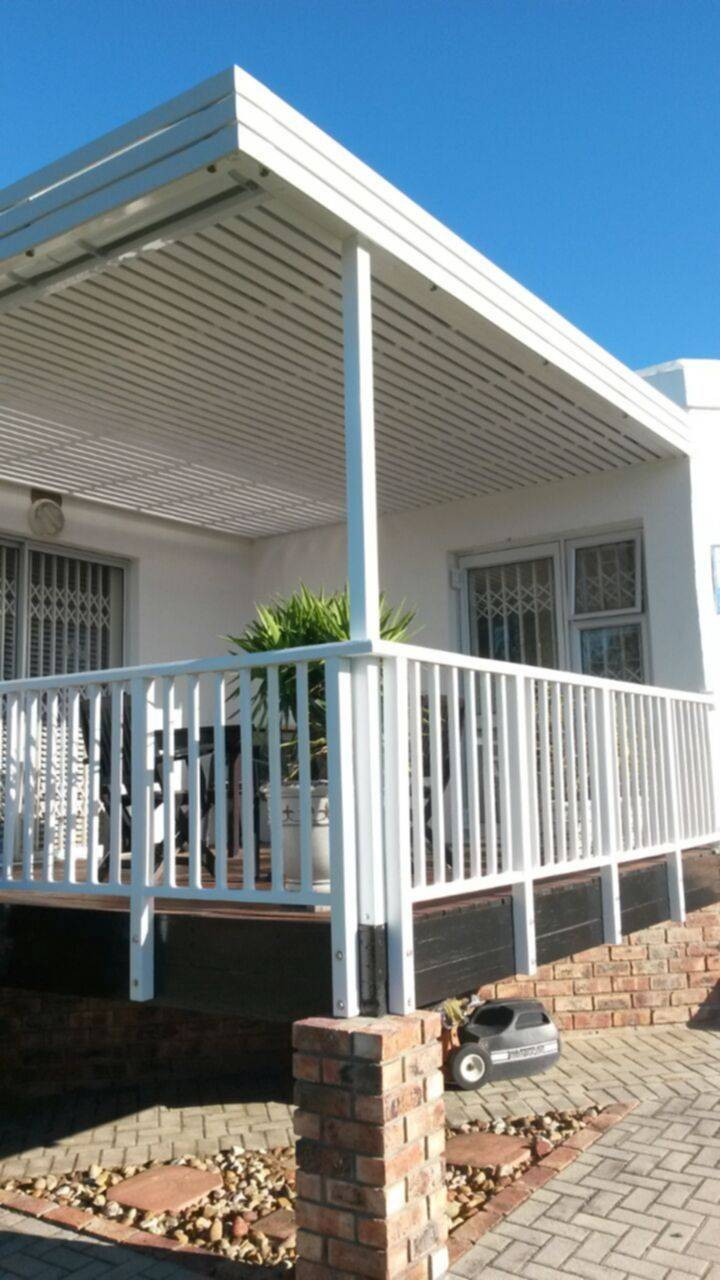 Our gallery madiba bay shades carports patio pergolas for Carport deck